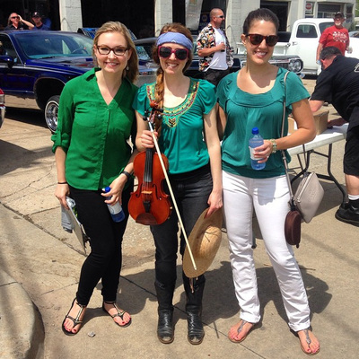 Minna Biggs, fiddle, Saint Baldricks, OKC, Oklahoma , busking, street music,
